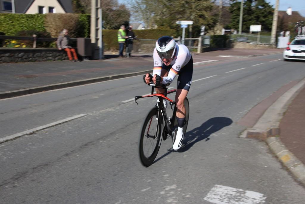 Lucas LISS a été le plus rapide sur les 6,400 km du prologue en 8'07